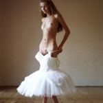 Naked ballerina Alya shows off her splendid body