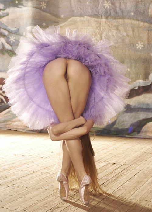 Nude ballet dancers